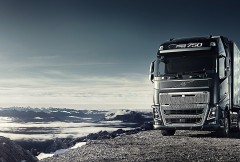 Volvo-FH16-above-the-clouds-